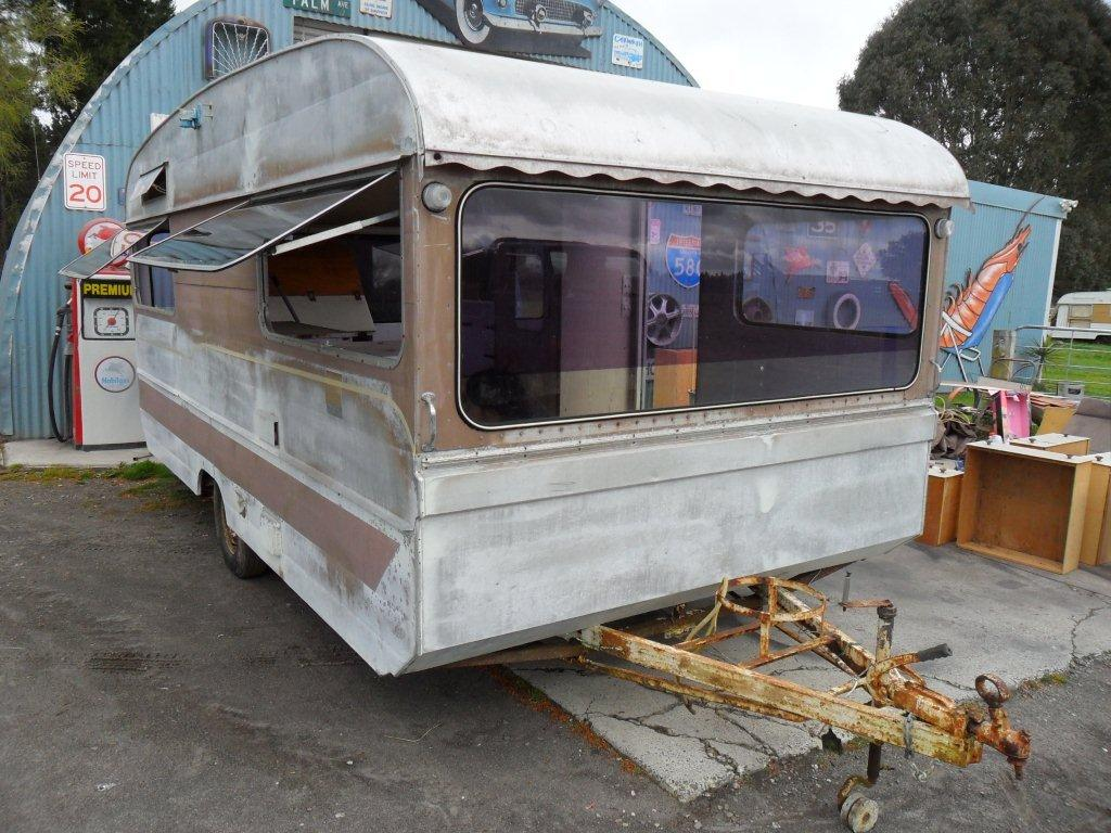 Caravan Restoration NZ - Memphis Belle (13)