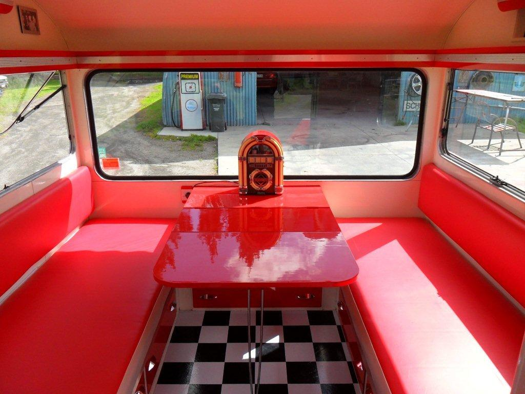 Caravan Restoration NZ - Memphis Belle (16)