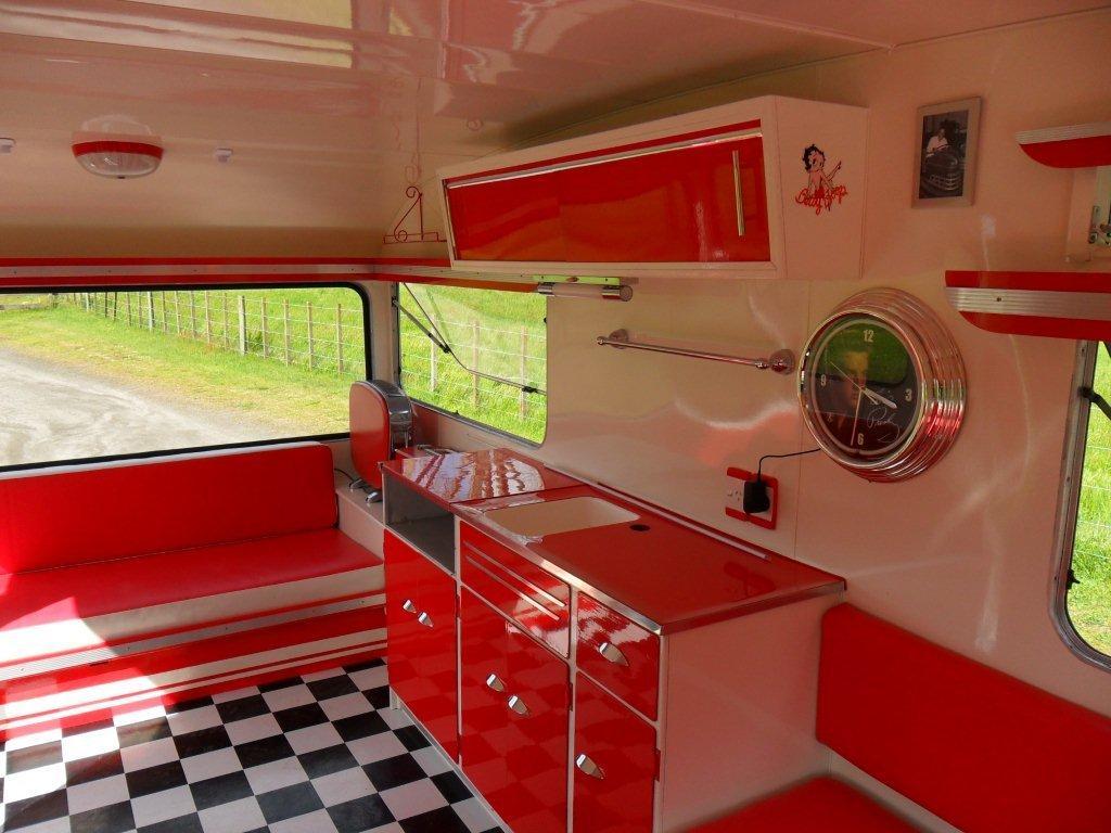 Caravan Restoration NZ - Memphis Belle (2)