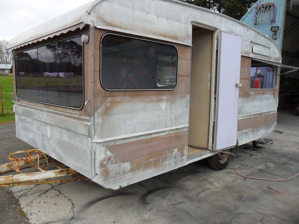 Caravan Restoration NZ - Memphis Belle (3)
