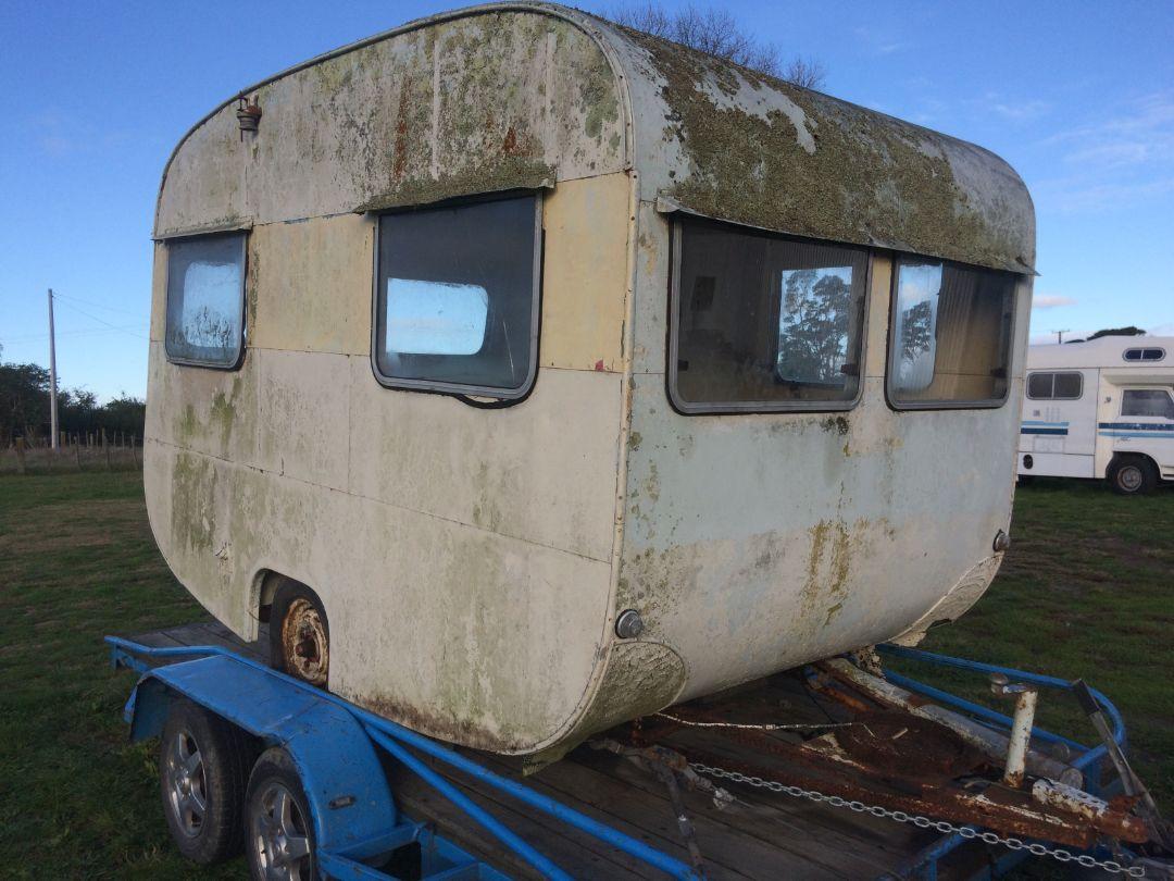 Caravans New Zealand - surfer rosa (17)