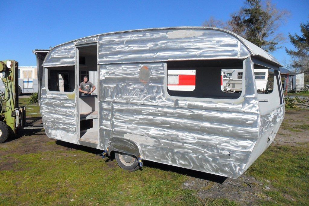 Retro Caravans New Zealand - Andys Caravan (5)
