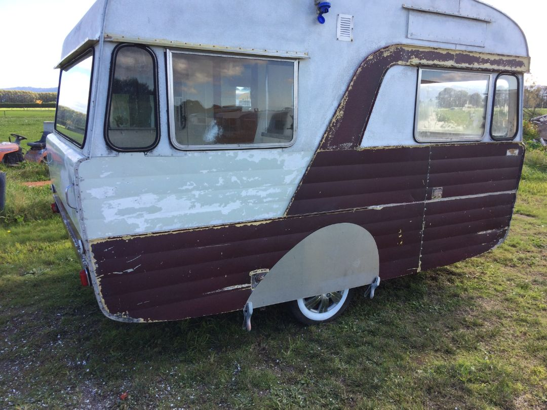 Retro Custom Caravan - Caravan Restoration NZ - La Rosa (18)