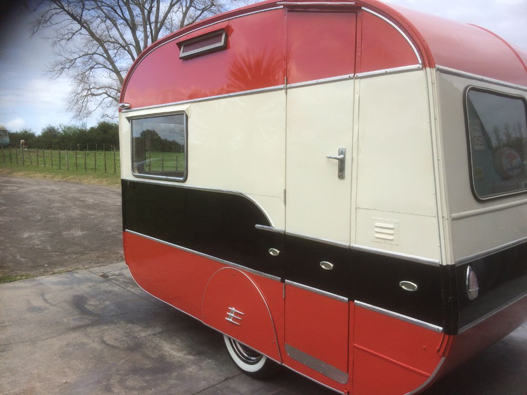 Retro Custom Caravans New Zealand - maybellene (4)